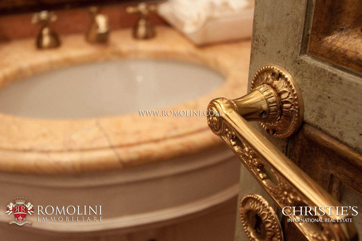 Immobili di lusso in vendita a roma hotel ville e - Immobili di lusso definizione ...