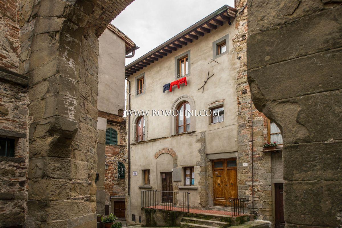 Appartamento in condominio in vendita for Appartamento centro storico vicenza