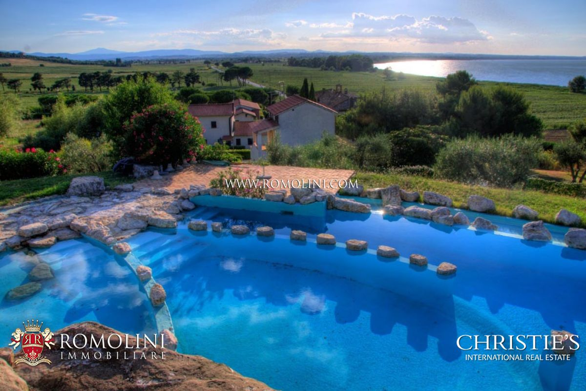 Lago trasimeno resort con piscina in vendita - Agriturismo liguria con piscina ...