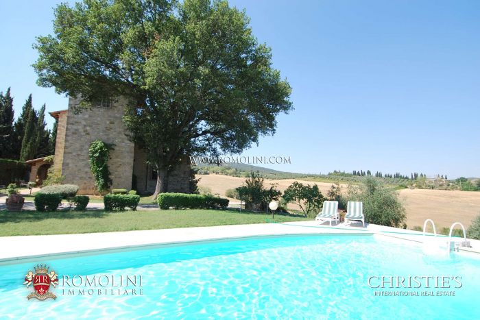 HISTORICAL VILLA FOR SALE SARTEANO, TUSCANY