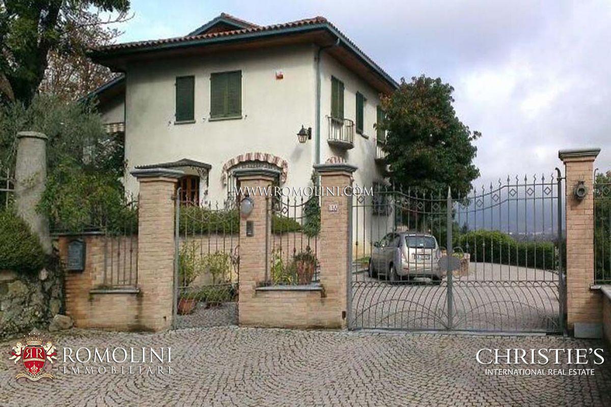 Foto Di Ville Lussuose villa di lusso con giardino ad ivrea, torino