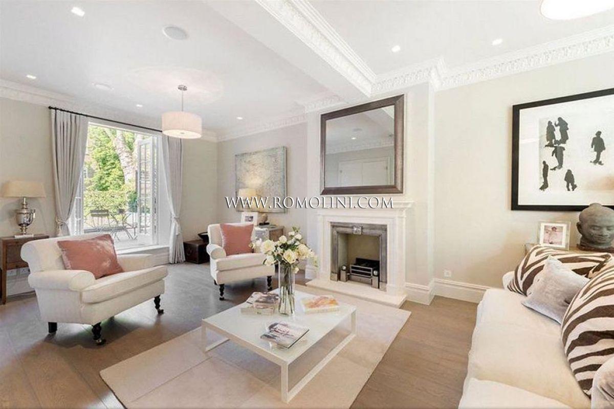 Chelsea casa di lusso con giardino in vendita a londra for Case di lusso